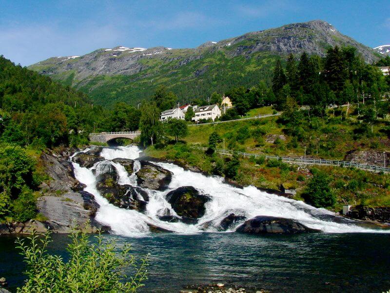 Reizen voor singles naar Noorwegen - Geiranger Waterval