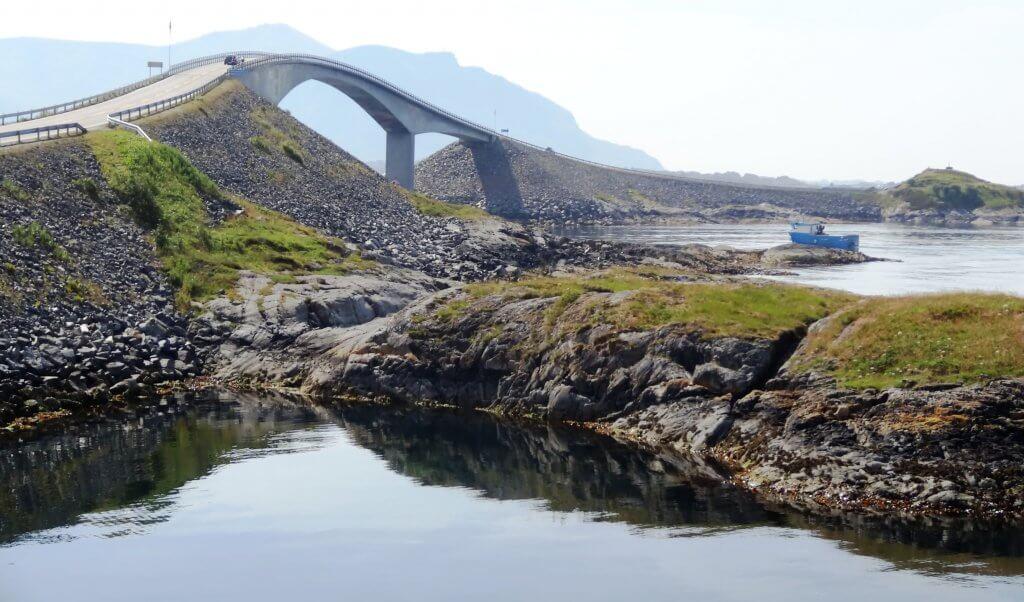 Mooiste autroute ter wereld - atlantic road noorwegen