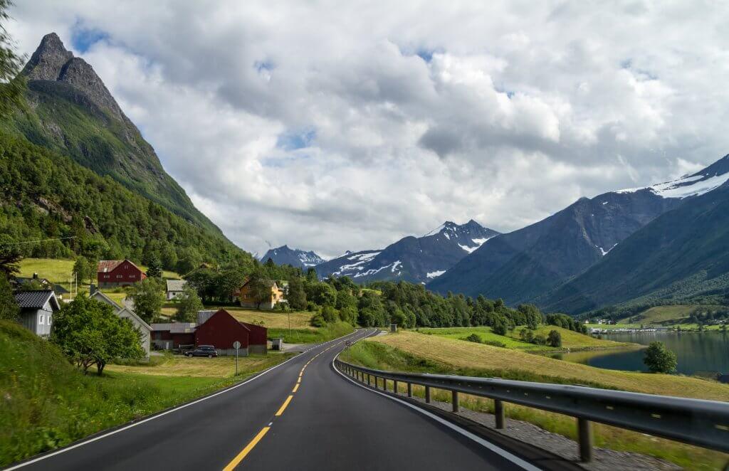 vakantie met eigen auto naar noorwegen - sykkylven