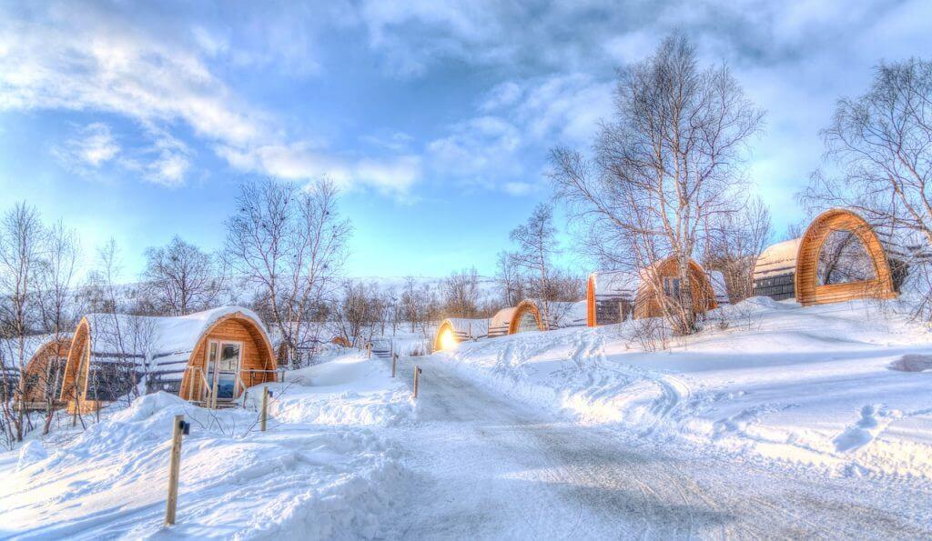 skien tijdens skivakantie in noorwegen